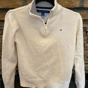 Tommy Hilfiger youth sweater.
